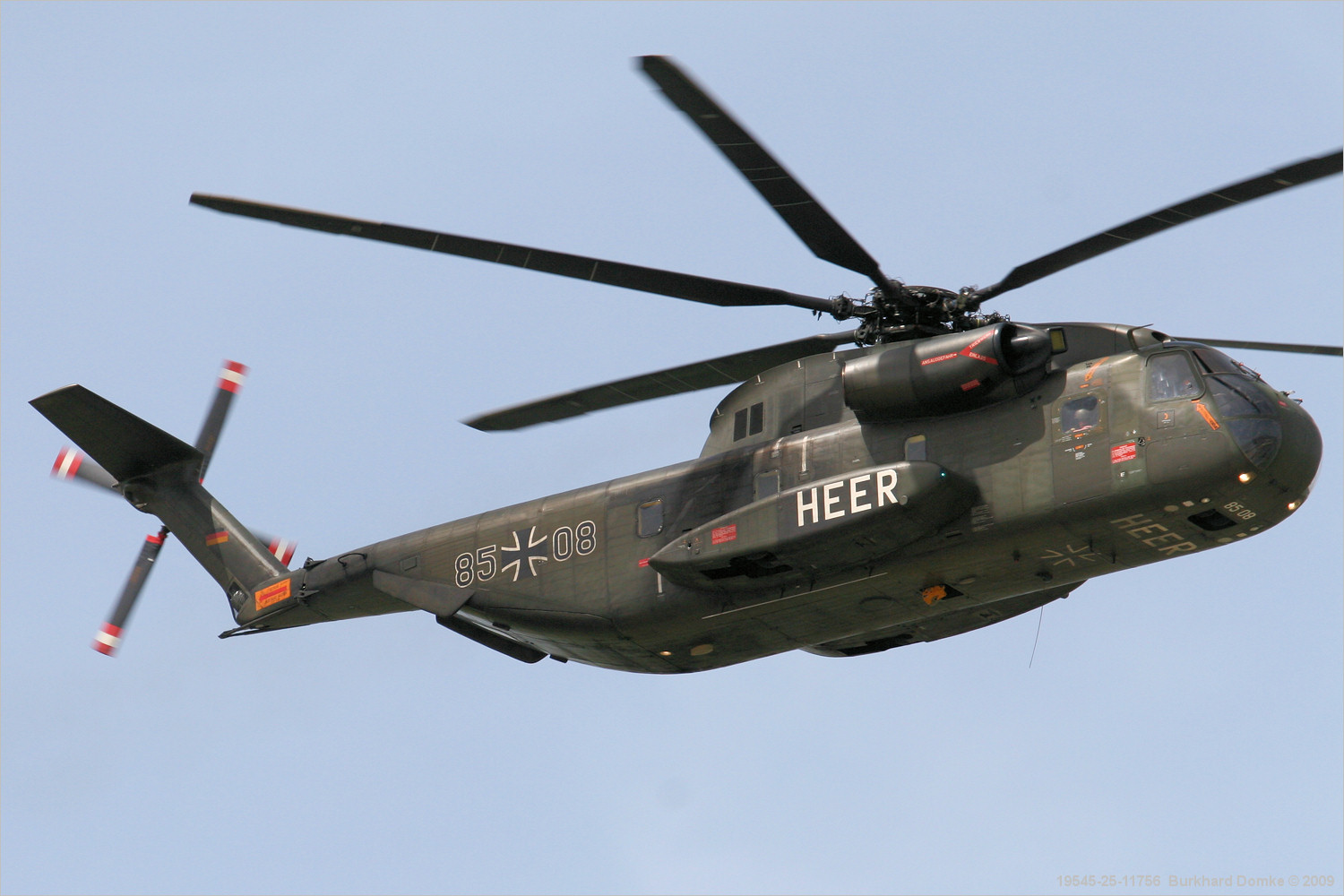german helicopter with 19545 on 11712 besides 17375 further Aircraft carrier also Attard105 in addition 422.